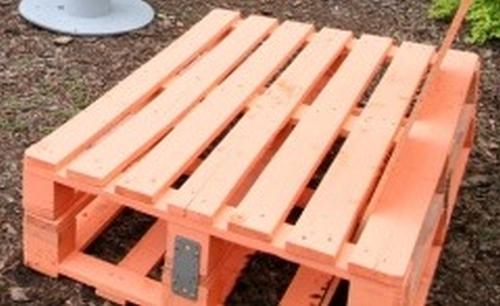 Jak Zrobic Meble Ogrodowe Z Palet Drewnianych : Jak zrobić meble ogrodowe z palet drewnianych? Designerski fotel